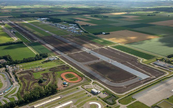 Infomarkt vertelt voortgang uitbreiding Lelystad Airport